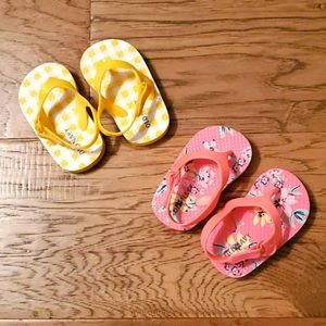 3/$15 Like New Baby Flip Flops Pink Yellow Sandals